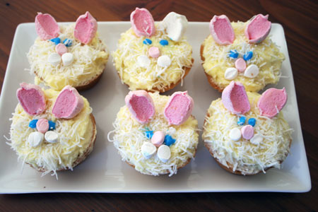 Easter-rabbit-cakes